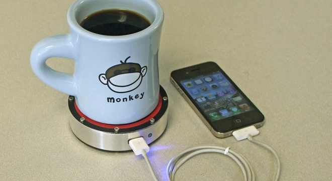 Recarga tu teléfono con una cerveza o un café