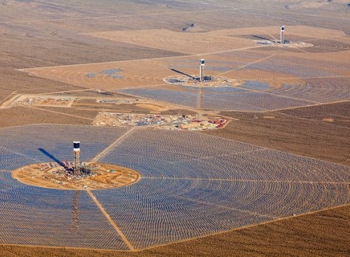 brightsource-ivanpah-solar-003.jpg.644x0_q100_crop-smart-e1364419682453