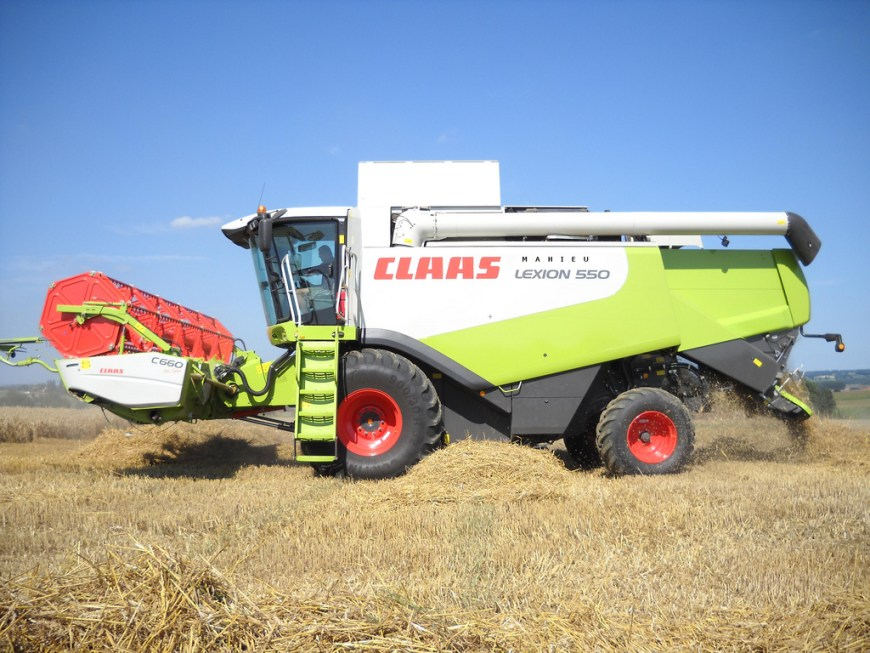 moissonneuse batteuse claas 750