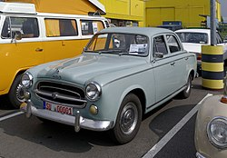 vieilles voitures francaises à vendre