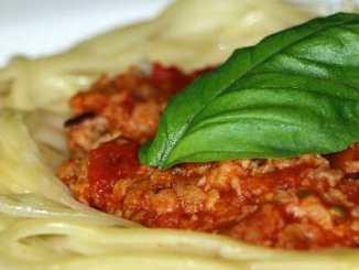 """4fa6745c5b7b1cd78deaf92b82f35df1 - Špagety na bezmasý """"boloňský způsob"""""""