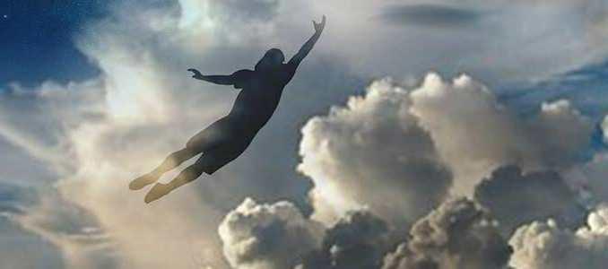 Duše neumírá, navrací se do vesmíru.