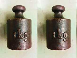 e369e7289840b195c0720542a24dfdf4 - Prvek iluze: Kolik váží jeden kilogram?