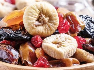 Sušené ovoce musíte umět nejen usušit, ale i správně jíst.