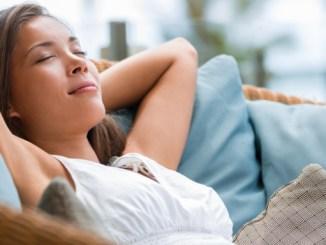 Jak snížit srdeční tep = zvýšit uvolnění organismu. Buďte v klidu a vysoký tep zmizí.