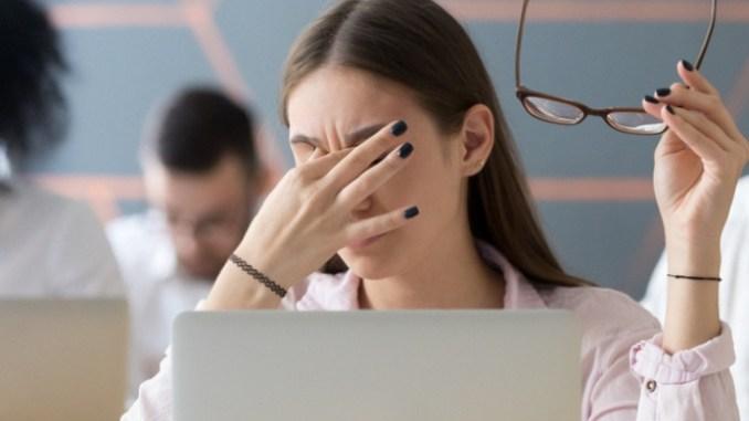Adrenální únava jako syndrom moderní populace. Stresové situace vyčerpávají nadledvinky.