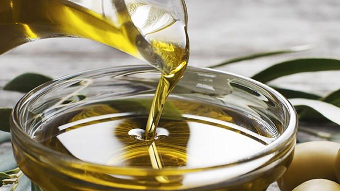 Rostlinný olej v kuchyni: Který se nejlépe hodí k vaření?