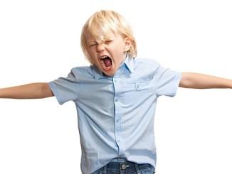 Léky na ADHD způsobují dětskou agresi.