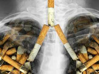 Rakovina plic zabíjí z 90 procent kuřáky.