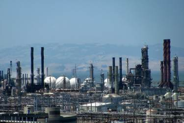 Chevron's oil refinery in Richmond, CA