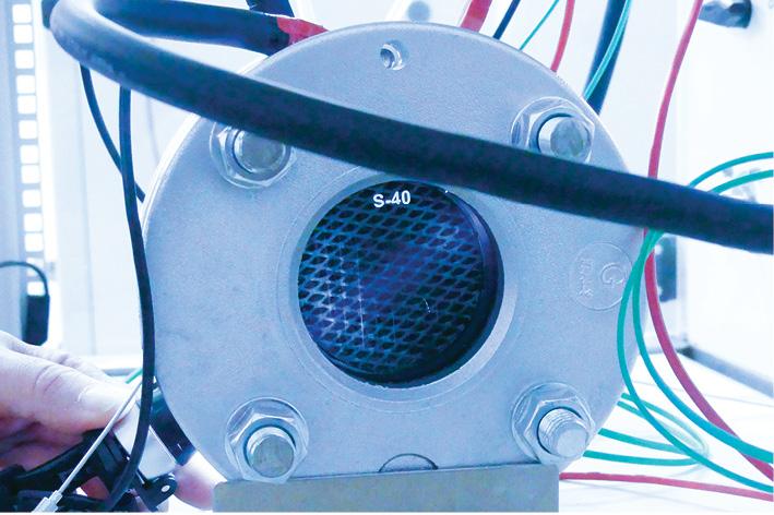 Semi-transparent electrolyser cell