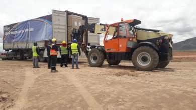Photo of ENDE recibe los paneles solares para la Planta Solar Oruro