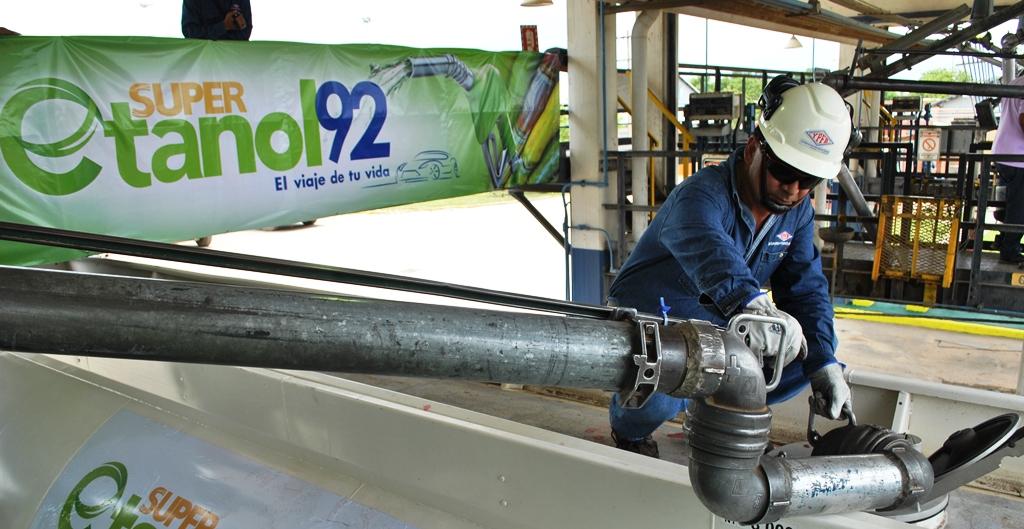 Resultado de imagen para etanol azucar YPFB