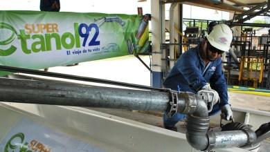 Photo of Ingenios prevén exportar menos azúcar para usar la caña en etanol