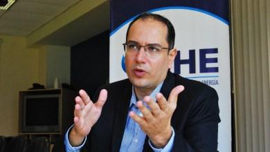 Photo of Yussef Akly es elegido presidente de la SPE Sección Bolivia