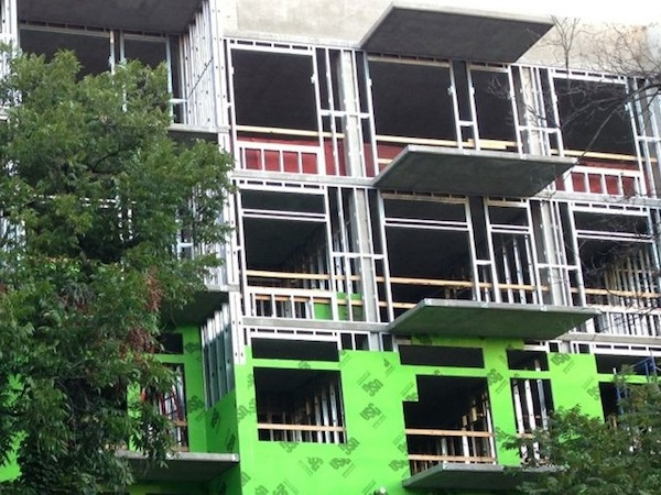 Thermal-bridge-cantilevered-concrete-slab-multifamily-austin-600