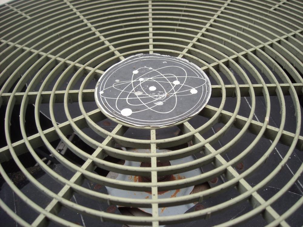 Air-conditioner-efficiency-capacity-temperature-fall-spring