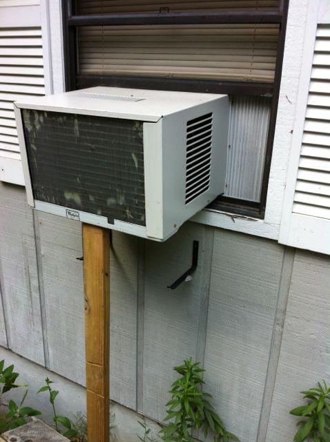 Air-conditioner-window-unit-hvac-cool