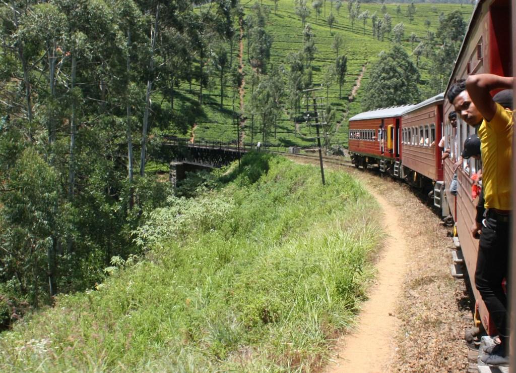 Transport_Sri_Lanka_Tog