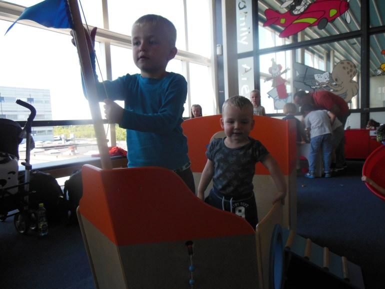 Legepladsen i Kastrup lufthavn - når man flyver med børn