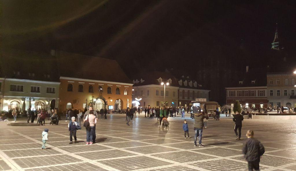 Brasov_Center_night