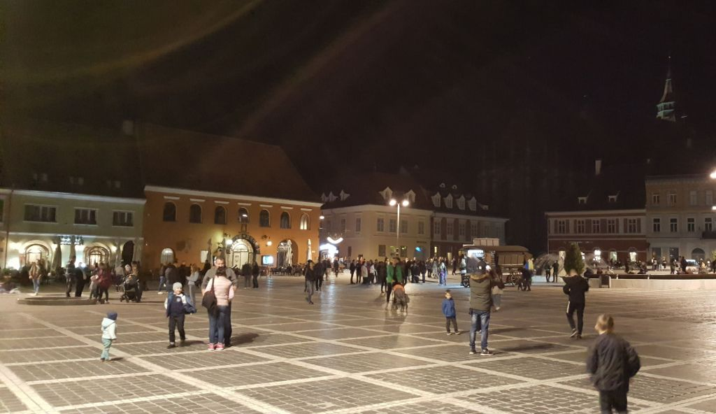 Brasov_Center_night