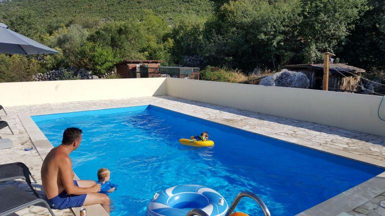 Neum_pool