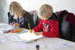 activités-vacances-enfant-bordeaux-initiation-cinema-dessin-anime-animation-atelier-association-bozarts