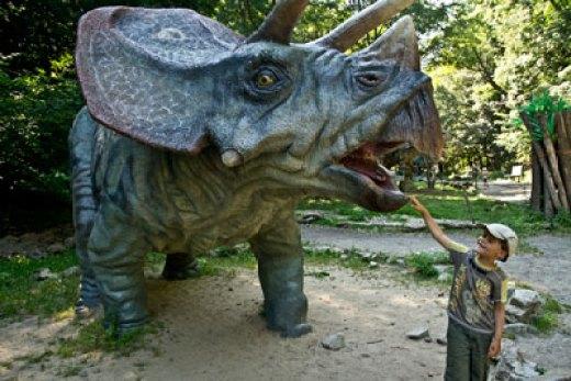parc-de-dinosaure-vacances-famille-slovaquie
