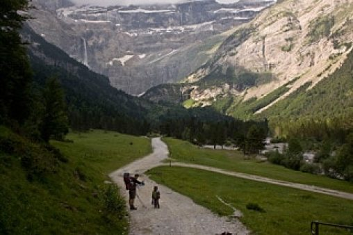 rando-famille-cirque-gavarnie-Pyrénées