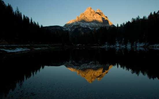 tre-cime-lavaredo-dolomites-coucher-soleil