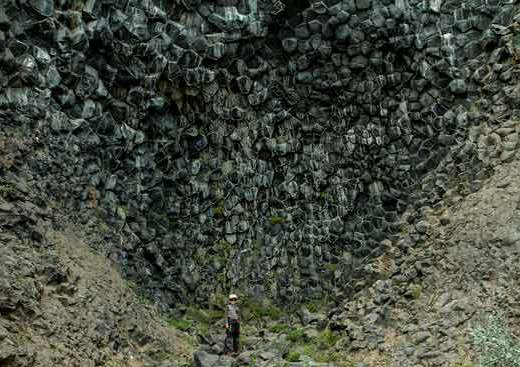 basalte-enfant-islande