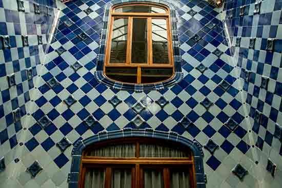 escalier-casa-batllo-barcelone