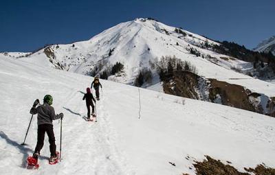 raquette-a-neige-enfant-alpes