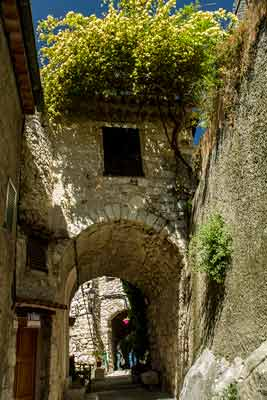 Peillon-village-perché-près-de-nice