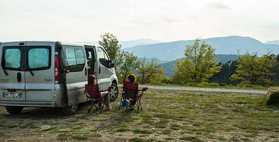 fourgon accessoires essentiels Equipement camping aménagéles xBedoC