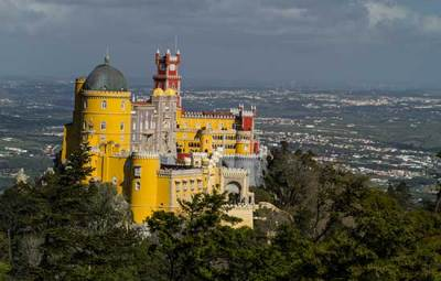 palacio-da-pena-sintra-portugal