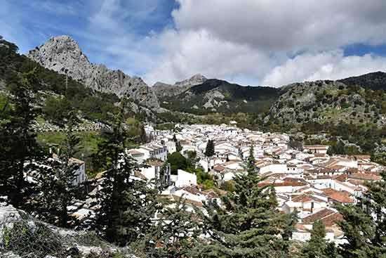 village-blanc-en-andalousie-espagne