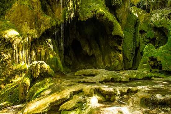 grotte-gorge-du-verdon
