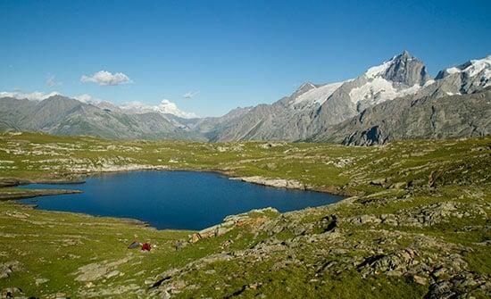 meije-et-lac-noir-sur-plateau-emparis-oisans-alpes