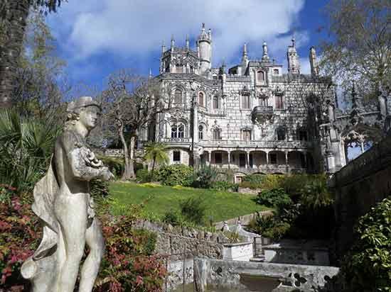 palais-de-la-regaleira-sintra-portugal avec enfant