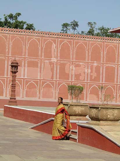 femme-indienne-dans-palais