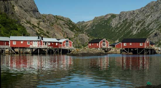 iles-lofoten-village-de-pêcheurs-norvège