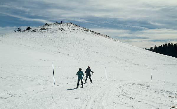 enfant-en-ski-de-fond-station-semnoz-haute-savoie