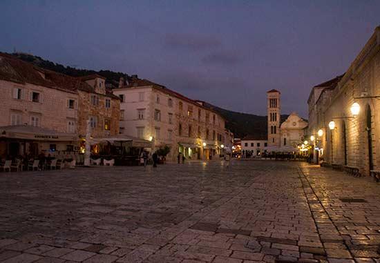 ile-et-ville-Hvar-Croatie