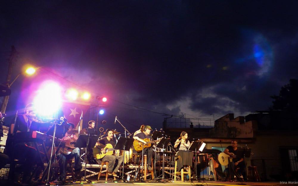 concierto de Silvio Gira en los barrios