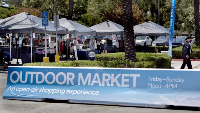 Mall parking lot in Southern California turned into outdoor markets