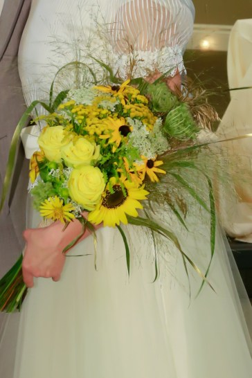wildflower bridal bouquet