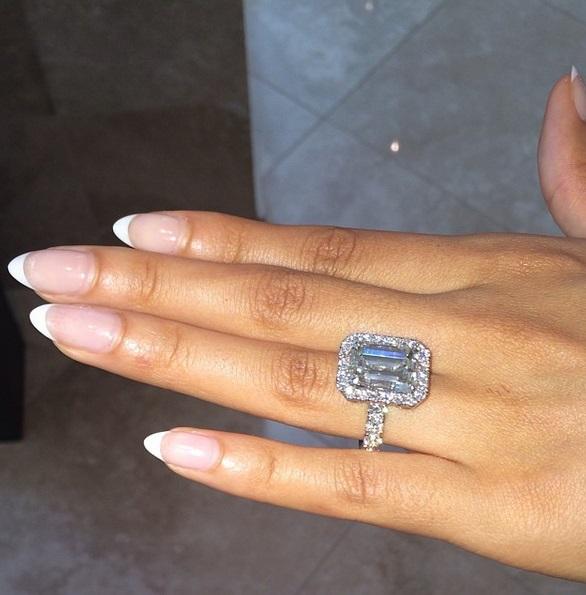10 000 Up Diamond: Evelyn Lozada's 14.5 Carat Emerald Cut Diamond Ring