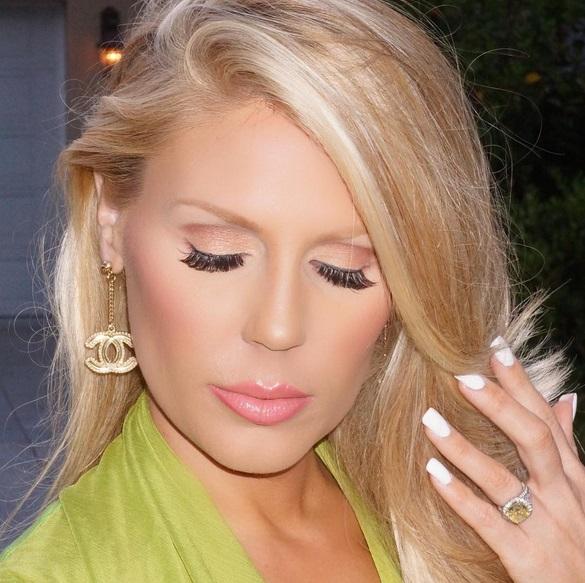 Gretchen Rossi S 4 Carat Fancy Yellow Diamond Ring